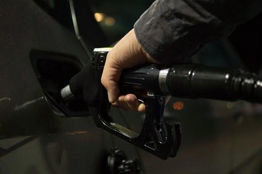 olie, benzine, toevoeging