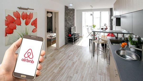 airbnb, amazon